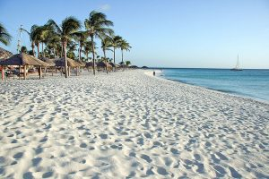 American: Phoenix – Aruba. $253 (Basic Economy) / $283 (Regular Economy). Roundtrip, including all Taxes