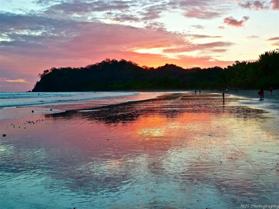 American: New York – Liberia, Costa Rica. $285. Roundtrip, including all Taxes