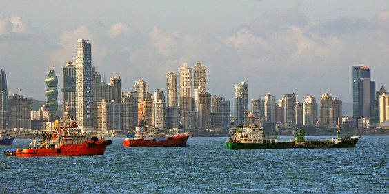 American: Los Angeles – Panama City, Panama. $272 (Basic Economy) / $302 (Regular Economy). Roundtrip, including all Taxes