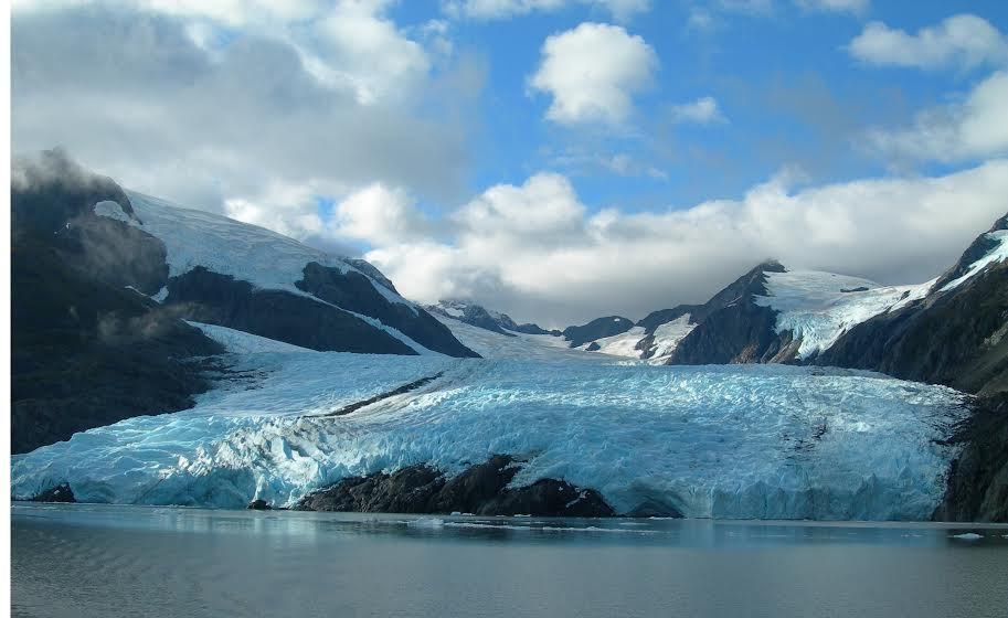 American: Phoenix – Anchorage, Alaska (and vice versa). $239. Roundtrip, including all Taxes