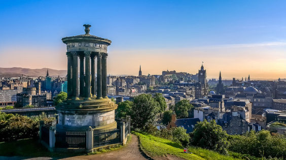 Delta: Portland – Edinburgh, Scotland. $459 (Basic Economy) / $609 (Regular Economy). Roundtrip, including all Taxes