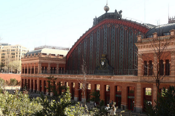 Delta: Los Angeles – Madrid, Spain. $420 (Basic Economy) / $570 (Regular Economy). Roundtrip, including all Taxes