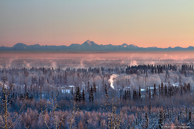 Delta: New York – Fairbanks, Alaska (and vice versa). $186 (Basic Economy) / $256 (Regular Economy). Roundtrip, including all Taxes