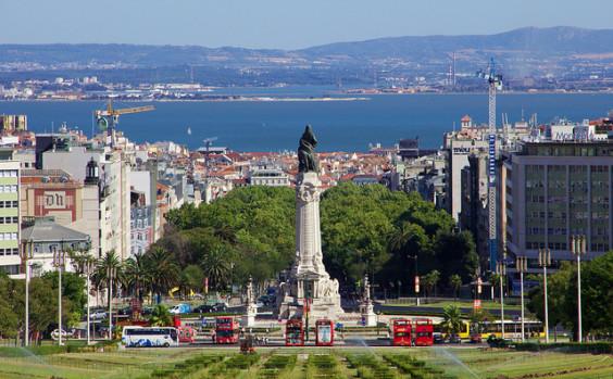 United: Los Angeles – Lisbon, Portugal. $457 (Basic Economy) / $607 (Regular Economy). Roundtrip, including all Taxes
