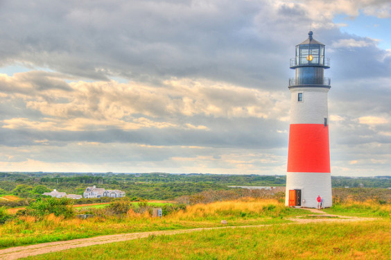 United: San Francisco – Nantucket, Massachusetts (and vice versa). $284. Roundtrip, including all Taxes